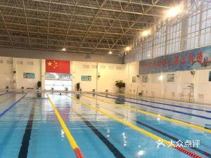 运蒙·蒙自三中恒温游泳体验馆