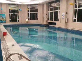碧桂园游泳馆