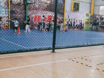 博生篮球公园
