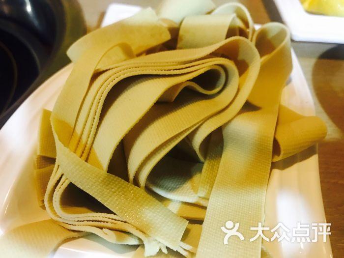 椒魔千张鱼泡图片(港澳美食店)-火锅鱼头-合肥图广场盗