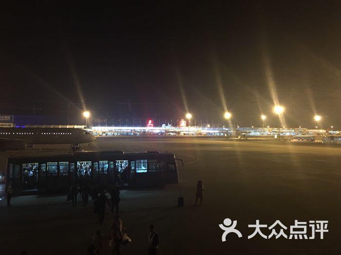三亚飞机场到高铁站