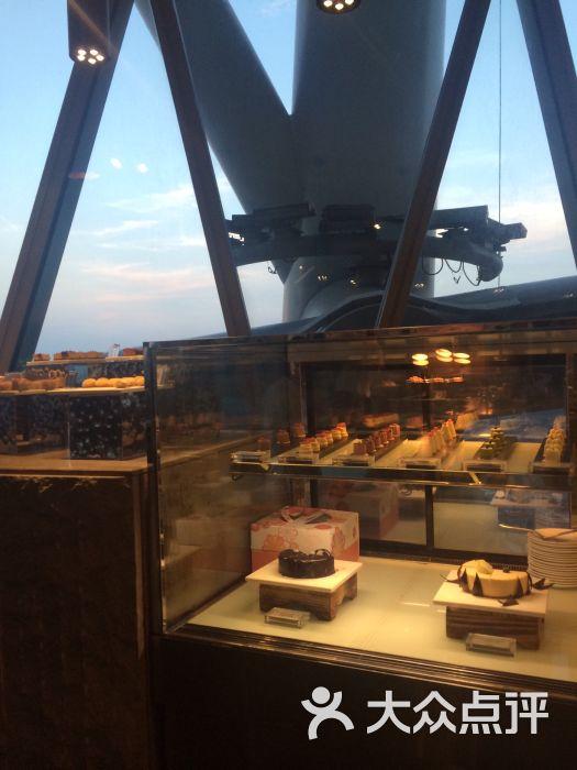 广州塔璇玑地中海自助旋转餐厅图片 - 第1张