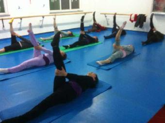 舞飞扬舞蹈培训中心