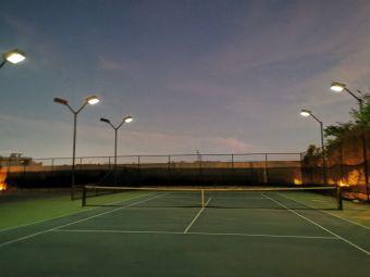 罗杰网球学院