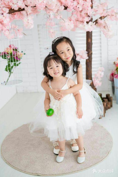 韩国hb亲子儿童摄影(大华巴黎春天店)图片