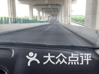 闵浦大桥申嘉湖高速