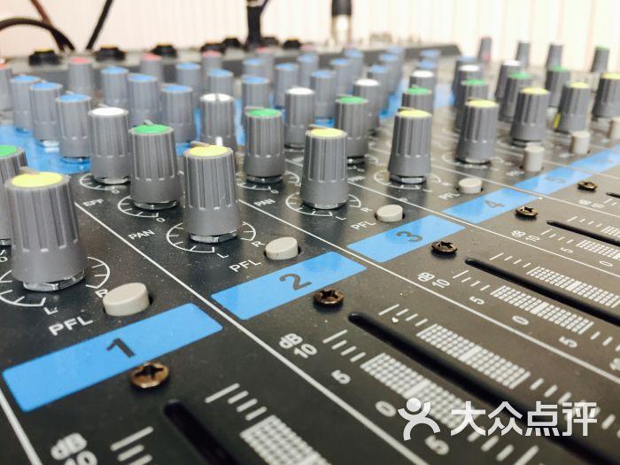 la3607做调音板电路图