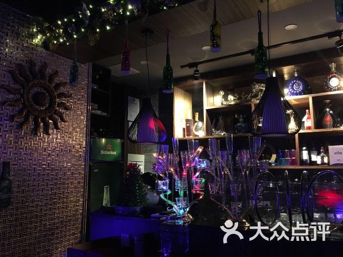 扬州夜猫酒吧视频_夜猫酒吧图片 - 第3张