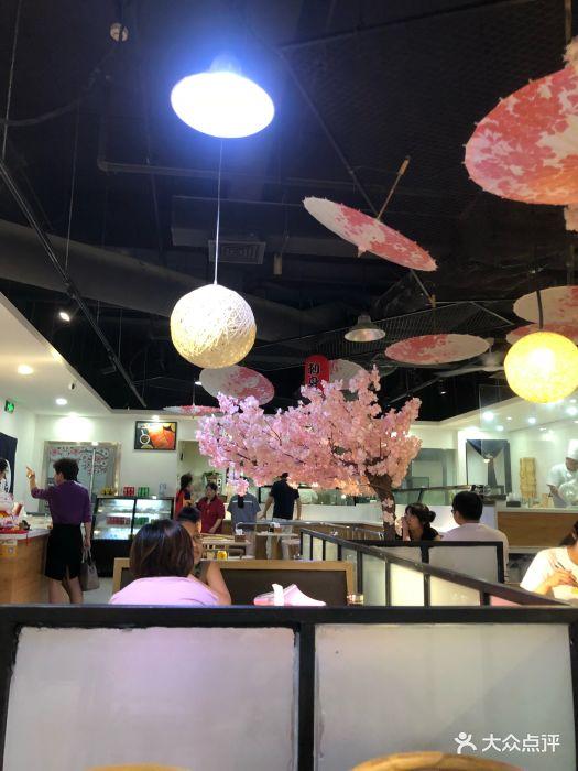 [美食]福佳新天地5F,美食城门口处位置比.-仟附近还是江桥地铁站的图片