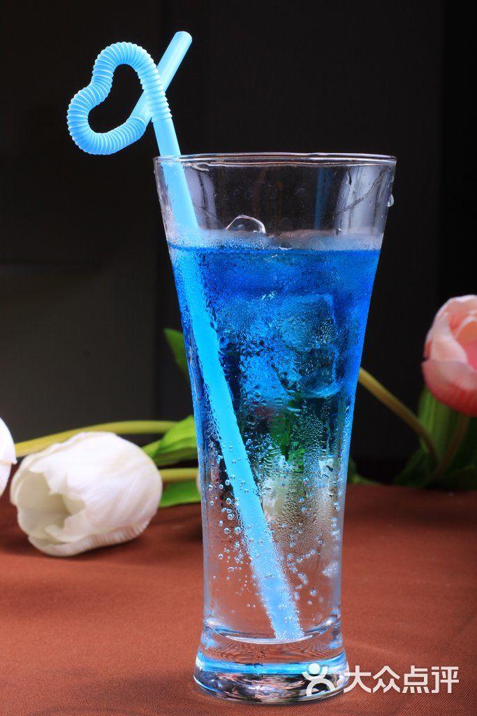 鸡尾酒.蓝色珊瑚礁