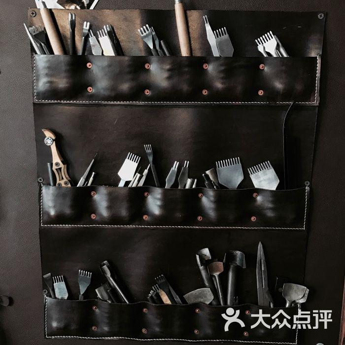 匠心艺语手工皮具工作室图片 - 第6张