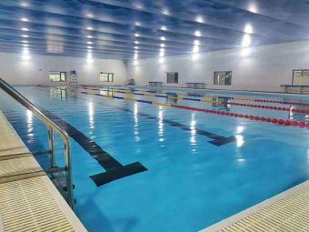健博体育游泳
