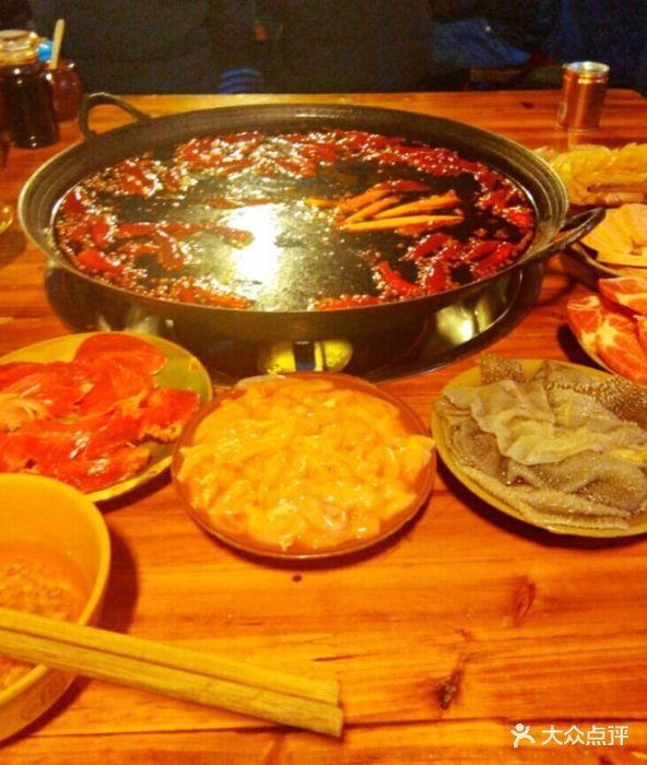 四公里附近我最喜欢吃的味道,他的火锅即有.信息v味道慧美食亚图片