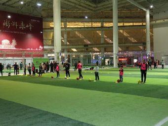 赤峰赤城青少年足球俱乐部