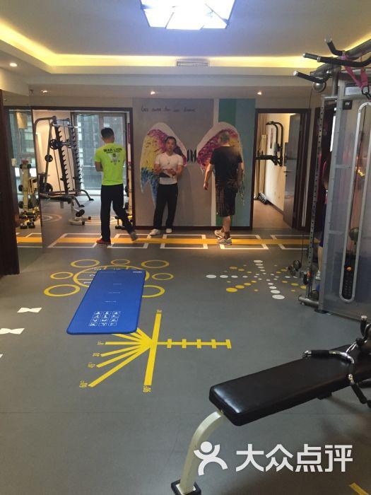 一小时健身营养工作室(华彩国际公寓店)-图片-