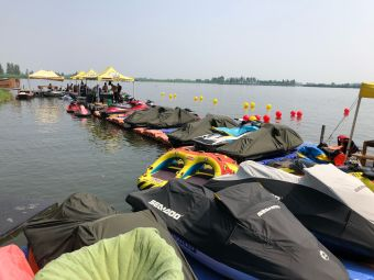 乐驰摩托艇水上极限运动俱乐部