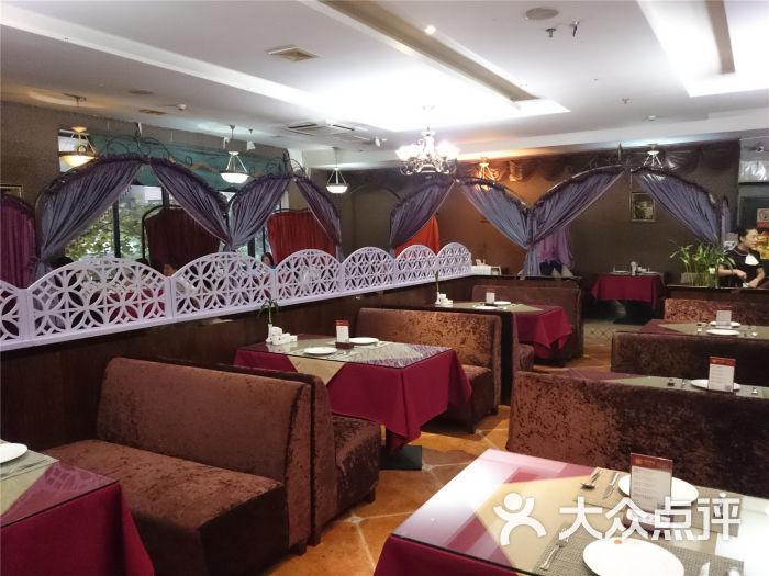 在营业西餐厅转让(西餐、法式铁板、下午茶、宵夜)实景图片