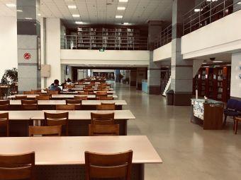 西南民族大学航空港校区图书馆