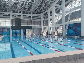 路桥游泳健身馆