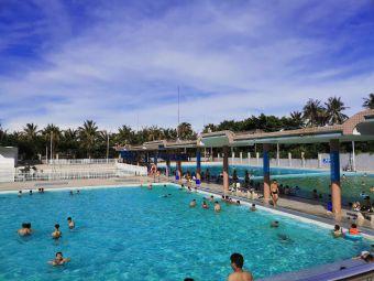 海滨游泳场