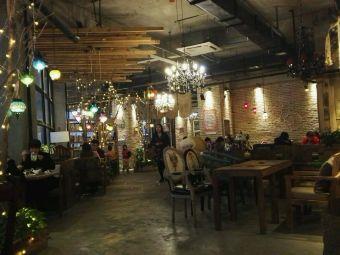 Single cafe&pub