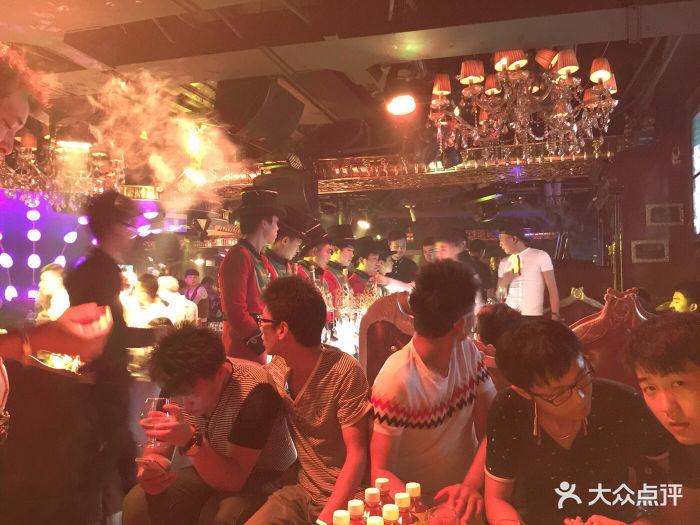 菲比酒吧(庆春路店)-菲比酒吧图片-杭州休闲娱乐-大众
