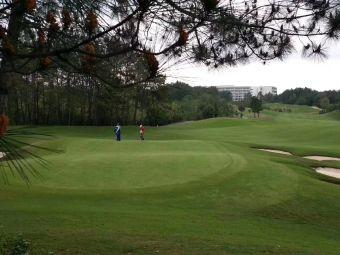 红旗谷高尔夫俱乐部