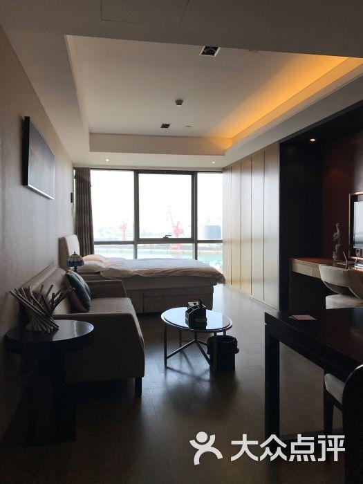 青柠海景度假公寓(青岛中联自由港店)的点评