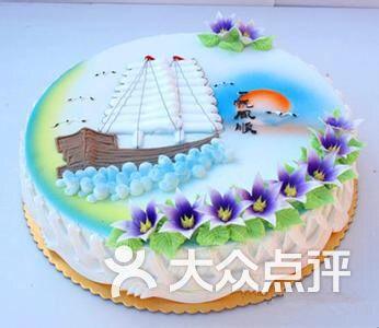 手绘帆船蛋糕图片