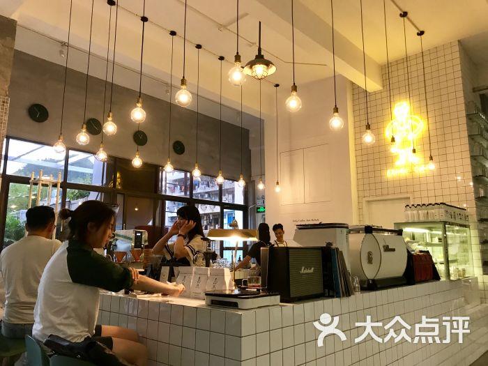 akimbo cafe深圳_akimbo_深圳万象城 line cafe