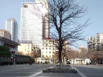 天天渔港广场停车场