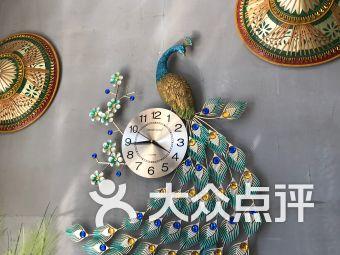 泼水街云南菜(东风路店)