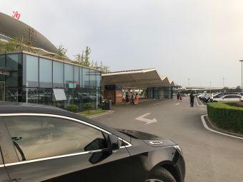 长沙黄花国际机场T2航站楼P1停车场