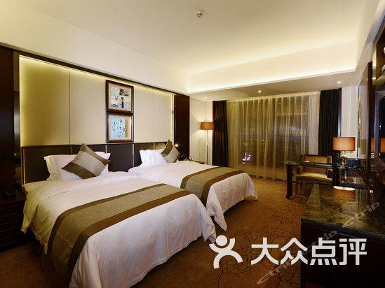 茂名国际大酒店 行政商务双床房图片 茂名酒店图片