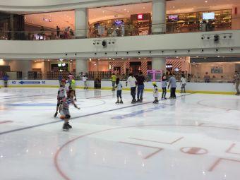 世纪星冰场(苏宁广场店)