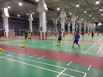 新振华羽毛球馆