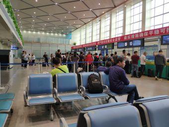 哈尔滨太平国际机场国际航站楼停车场