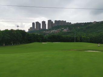 保利高尔夫球会