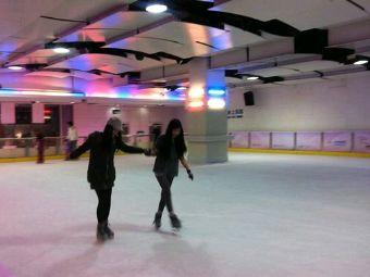 明健轴溜冰场
