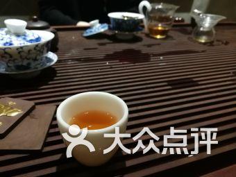 白天鹅喝茶价格人均_白天鹅简笔画