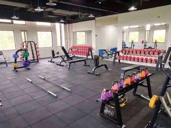 新体健体育健身中心