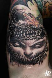 大臂内侧鬼纹身-龙绣堂纹身艺术馆