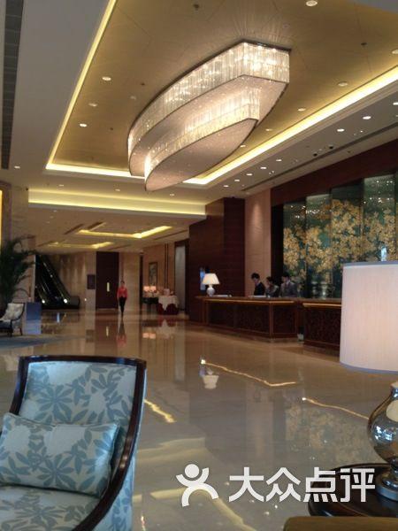 香格里拉大酒店 气派大厅图片 扬州美食