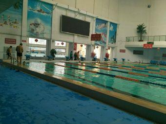 乌铁局业余体校游泳训练中心