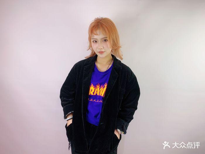1cm发型定制(莘朱路品质照片店)短头发女孩子的人气图片