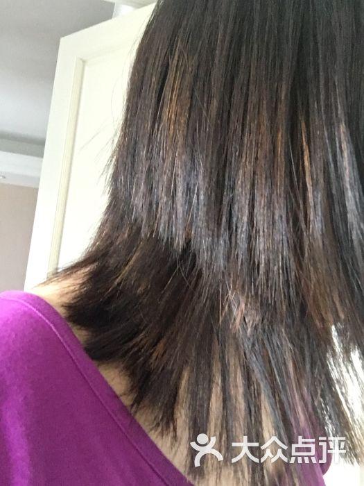 丝想秀美发沙龙专业烫染长发图片 - 第1张图片