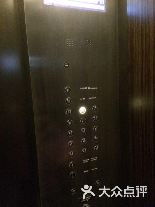 蒂森克虏伯的高速电梯