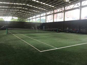洛铜网球馆