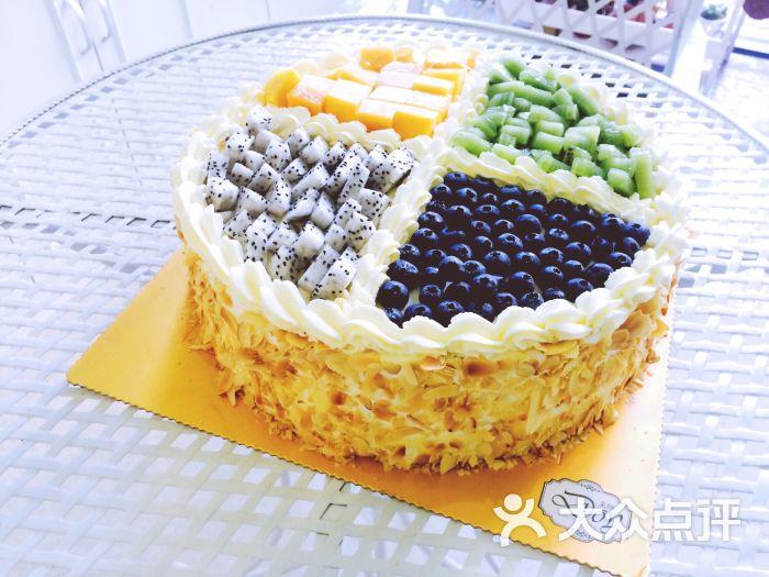 doy朵颐轻奢甜品12寸水果鲜奶蛋糕.jpg图片 - 第4张