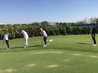 华贸东滩花园-高尔夫练习场